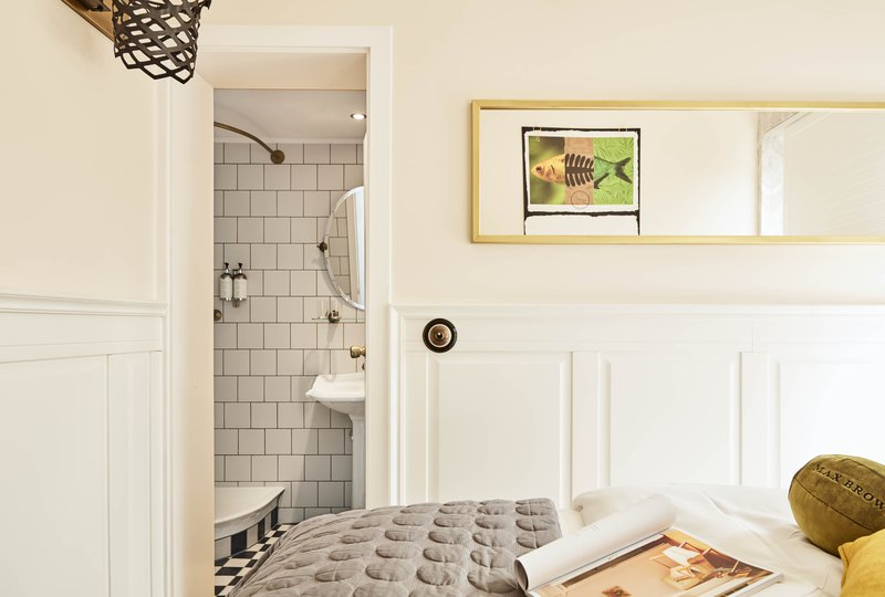 max-brown-midtown-small-room-2.jpg